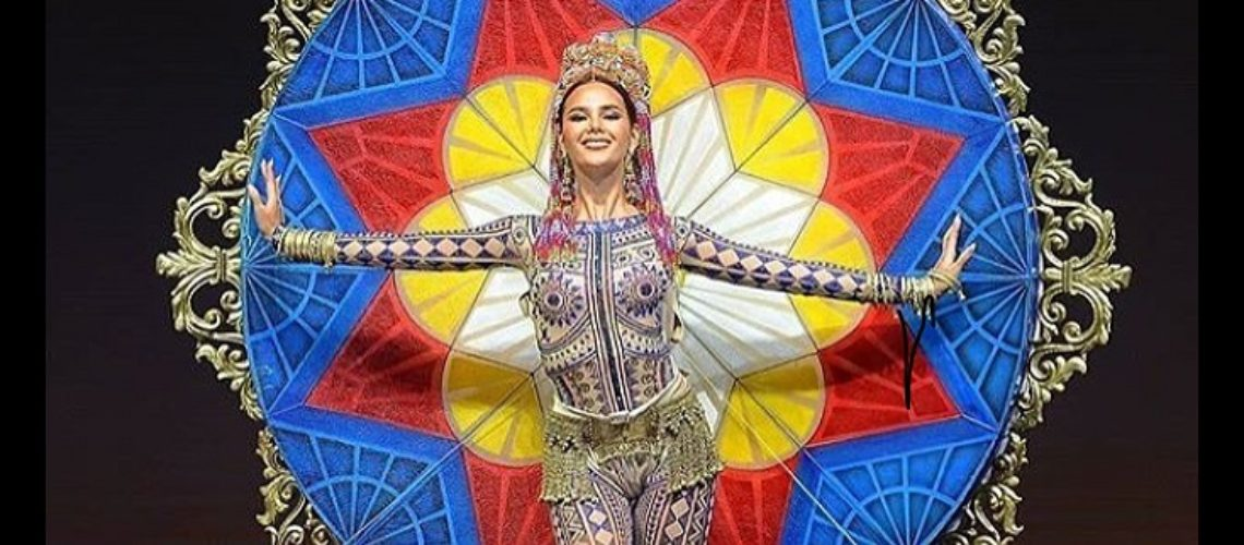 Catriona Gray shines in Miss Universe 2018 National Costume Competition